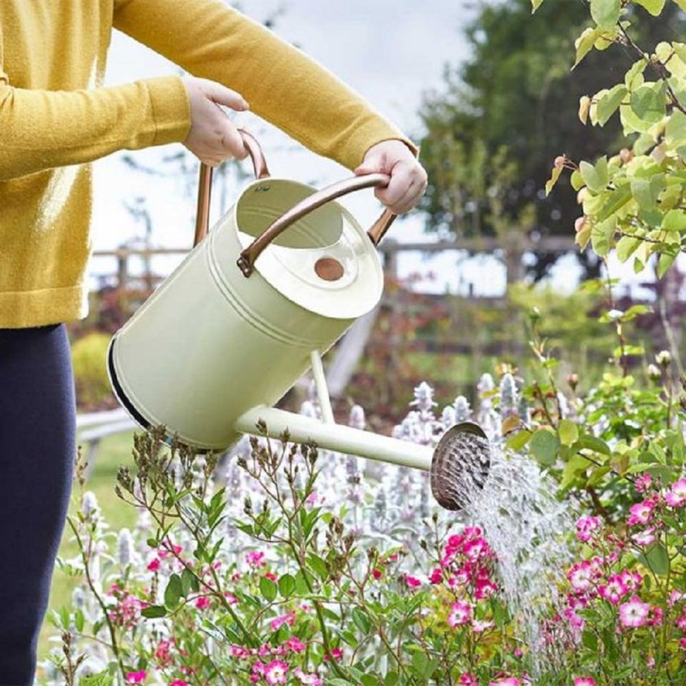 Watering Can Cream 9L
